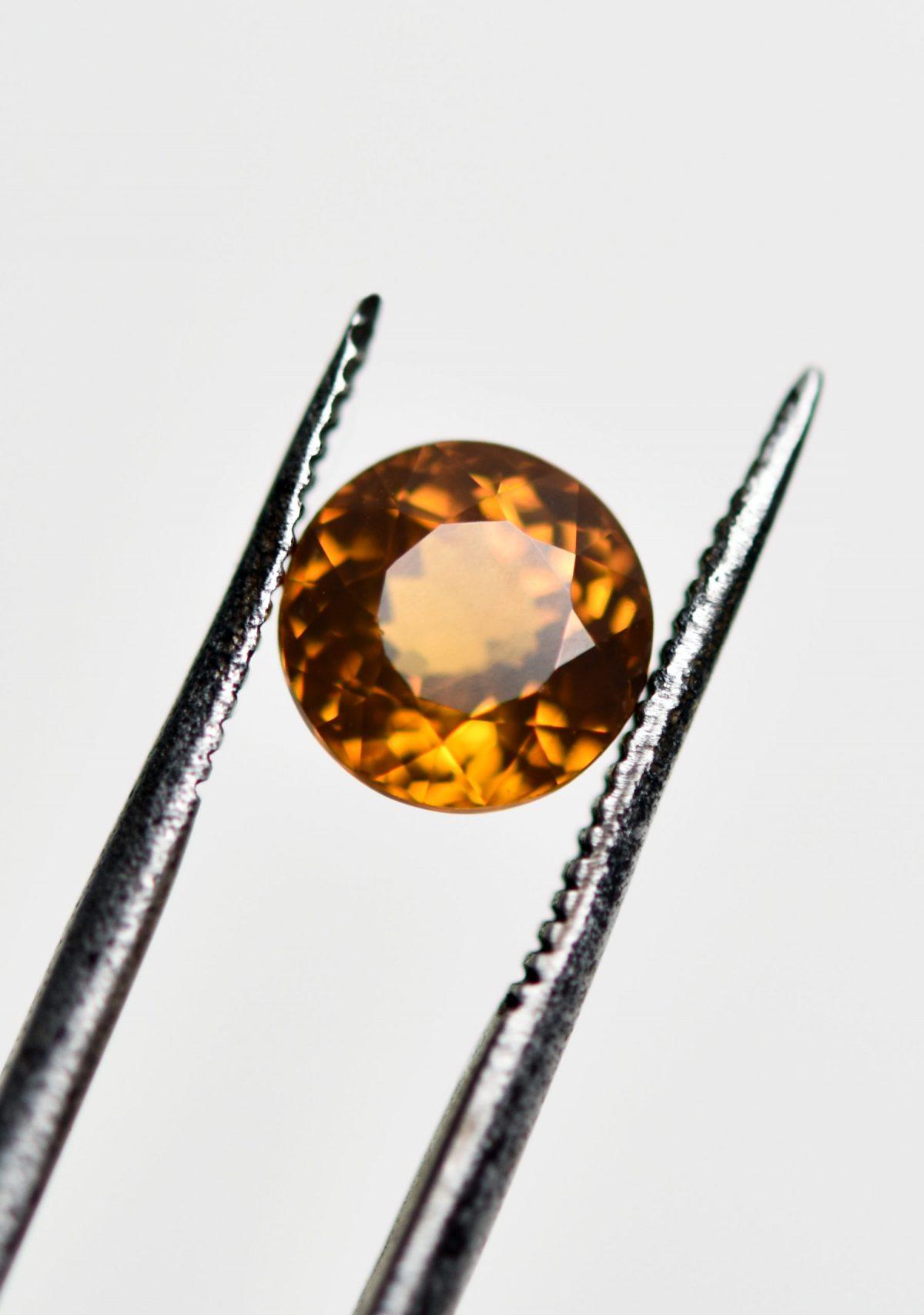 Round Cut Yellow Mail Garnet for Custom Engagement Ring