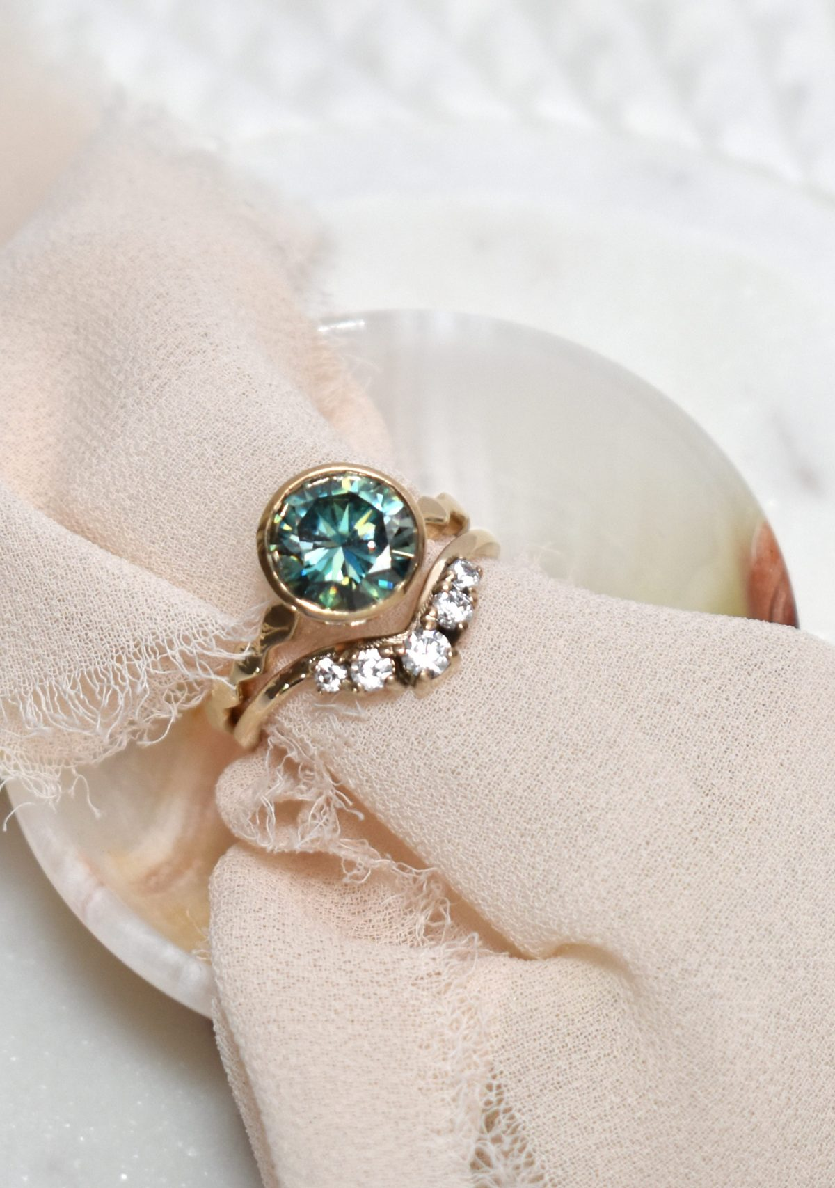 5-stone diamond wedding band gold